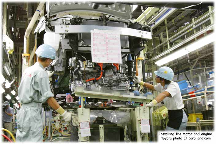 The Toyota factory - installing a Prius engine and motor